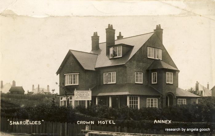 crown_hotel (2)-001